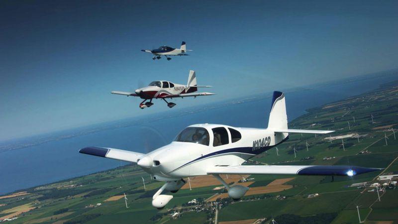 парный полет на двух RV-10
